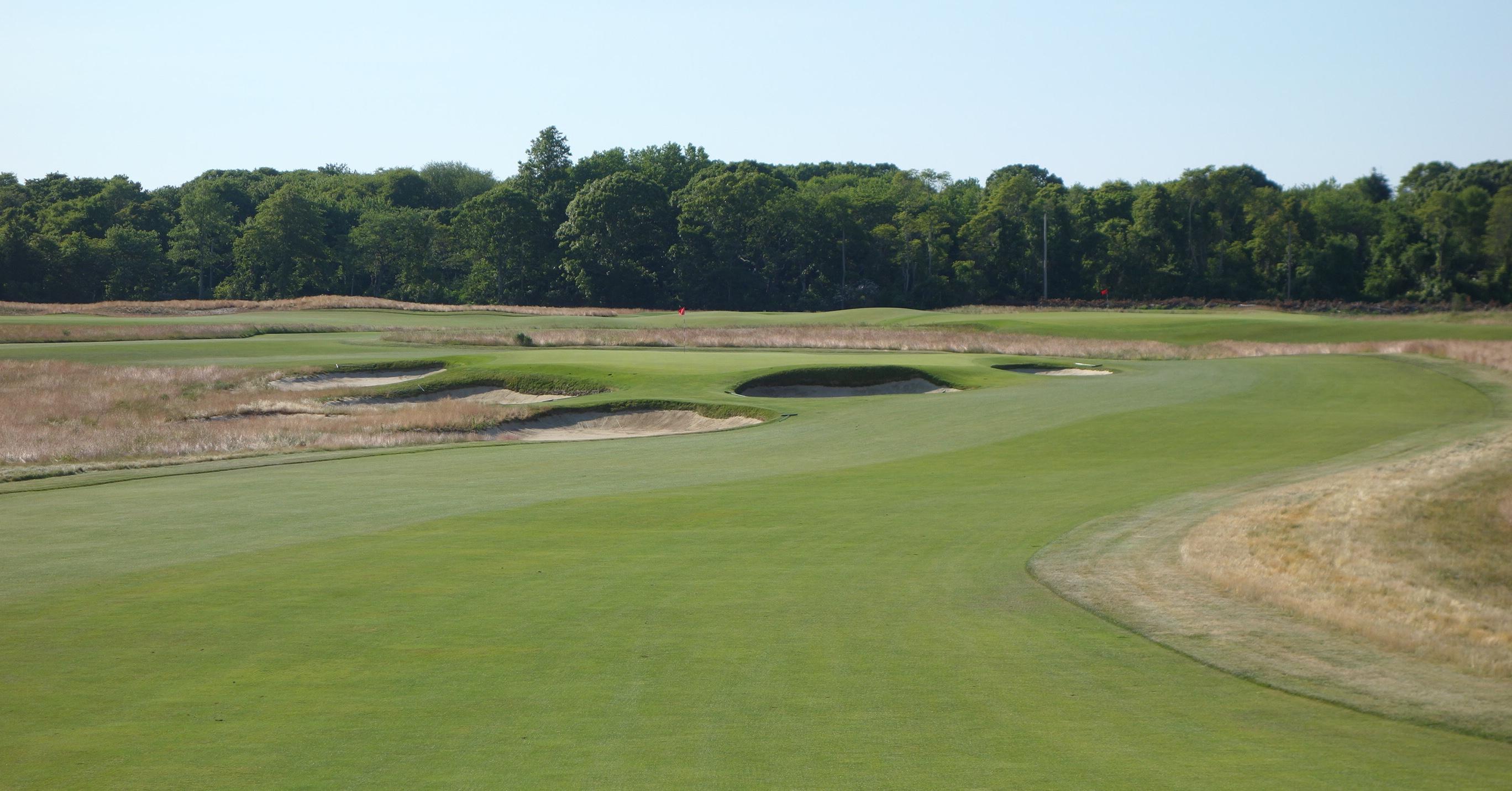 Shinnecock Hills Golf Club Review - Graylyn Loomis